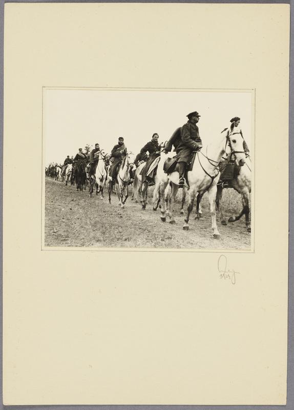 Polnische Kavalleristen in Kriegsgefangenschaft, recto