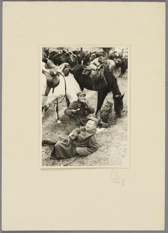 Gefangene polnische Kavalleristen bei der Rast, recto