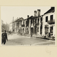 Durch Kriegshandlungen verwüstete Wohnhäuser